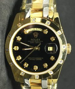 Rolex Daydate 04 (37mm) Gold Diamonds